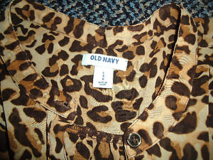 Ladies Size Large Cheetah Print Sleeveless Style Dress Shirt Kingston Kingston Area image 2