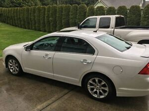 2011 Ford Fusion fully loaded like new