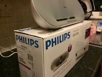 Philips iPhone docking station ( not iPhone 5,5c,5s,6,6s,7 )