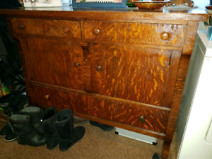 Antique sideboard/buffet. Great condition