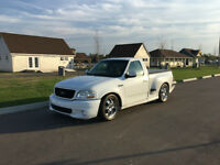 2001 Ford F-150 flareside Pickup Truck
