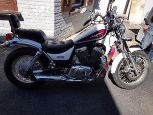 Suzuki intruder 800cc. Low mph! Ready to ride!!! 3499 obo