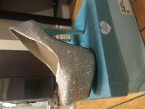 "Betsey Johnson ""Something Blue"" wedding line high heels"