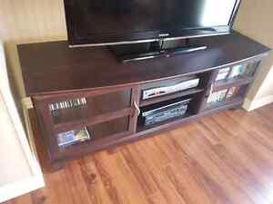 Meuble de tv acheté chez tanguay