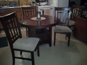 Wooden Table/4 Chairs