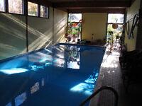 Location piscine intérieure chauffée