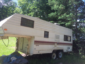 For Sale Prowler Lynx 5th Wheel