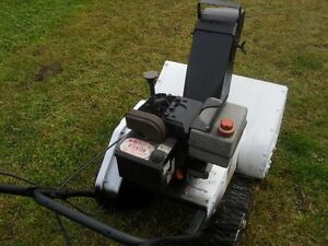 "Older Roper 22"" snow blower 4 hp tecumseh. Prince George British Columbia image 2"