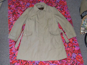 Village Squire Mens Insulated Trench Coat - 44 - $15.00