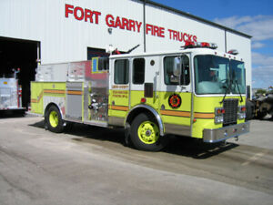 2002 HME/Fort Garry Fire Pumper