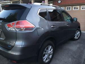 Nissan Rogue 2015, 7 seater in excellent condition
