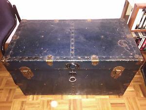 coffre, malle antique livraison gratuite