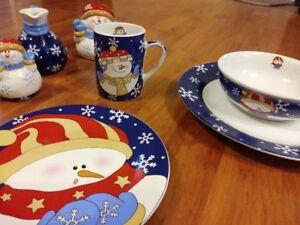 Vaisselle de Noël 8 pièces