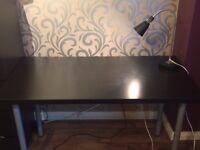 Desk table + lamp
