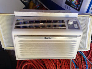 Haier HWF05XCK 5,000K BTU Room Air Conditioner