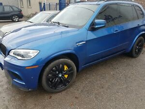 2012 BMW X5 M; Twin Turbo V8: MINT CONDITION