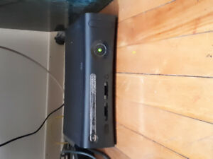 Xbox 360 with 1 controller and 2 kinects