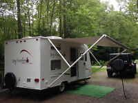 Lightweight Jayco Jay Feather Sport 16.5 Ft! Excellent cond.!