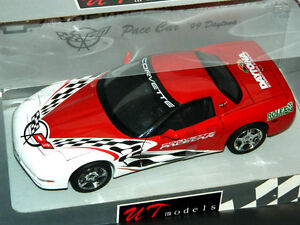 UT 1/18 Scale 1999 Chevrolet Corvette Daytona Pace Car Red