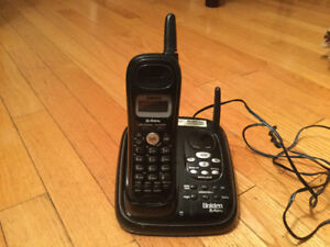 Uniden cordless phone with answering machine