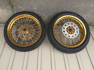 Honda CRF Exel Supermoto wheels