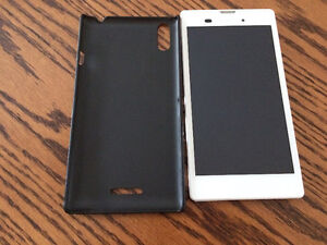 Sony Xperia T3, excellent condition, same as new.
