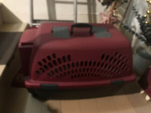 Small dog/cat crate.