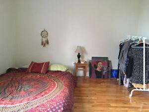 Huge room in Westboro - Jan 1st