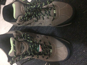 Green label certified work boots