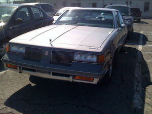 1988 OLDSMOBILE CUTLASS SUPREME CLASSIC/NO RUST/ACCIDENTED (VGA)