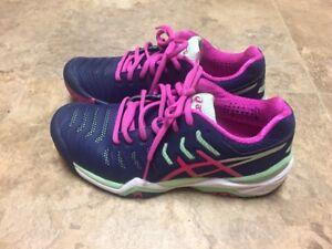 Women's Tennis Shoes