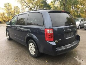 2009 DODGE GRAND CARAVAN SE * STOW N GO * DVD * REAR AC * 7 PASS London Ontario image 4