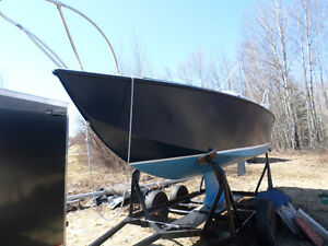 Ancom 23 ft SailBoat with 9.9 Johnson Sea Horse Outboard Motor