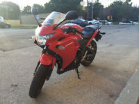 Beautiful CBR205R with ABS and Amazing exhaust! Don't Miss out!