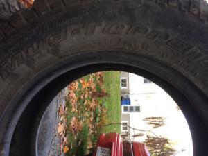 pneus mud terrain 17 pouces