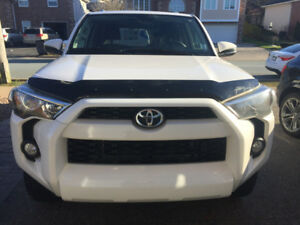 2014 Toyota 4 Runner SR5 - only 40K kms + bonus