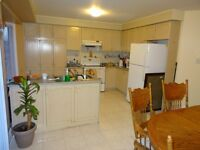 A large bright bedroom 2nd floor house ALL INCLUSIVE – Dec 5