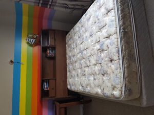 Queen / double bed