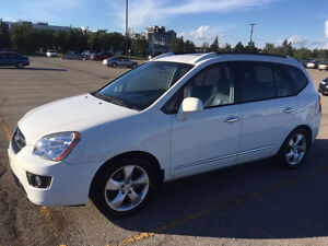 2007 Kia Rondo EX 1 Owner! *Leather,Sunroof,Heated Seats,7-Pass*