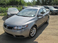 2012 KIA FORTE EX 77,000 KMS EXCELLENT SHAPE IN & OUT!