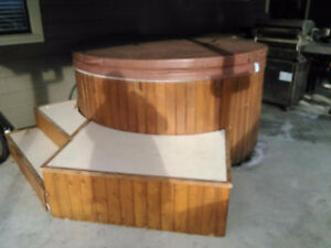 Round Hot Tub For Sale