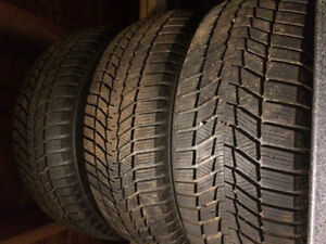 (4) 215/60/16 Continental Snow Tires like new!