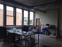 Plateau. Grande Bureau à Sous-louer - Ideal pour Startup!
