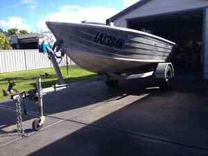 **URGENT** Quintrex dart and trailer only Corlette Port Stephens Area Preview