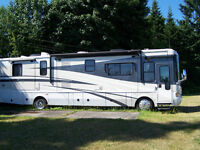 NATIONAL 2008 TROPICAL LX CLASS A MOTORHOME, 39 ft