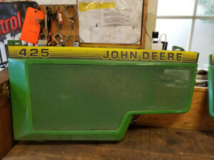 John Deere 425 side left hand side panel. In good shape