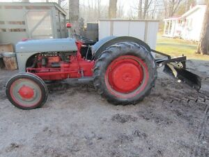 1946 FORD 9N TRACTOR with 5FT.-2 WAY REAR BLADE