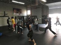 medieval sword fighting lessons broadsword sabre HEMA fencing
