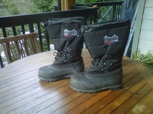 Extreme snow boots