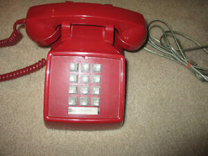 Vintage funky Red home telephone working